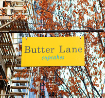 Butter-lane-cupcakes-sign