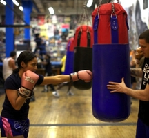 Chruch-street-boxing-lady2