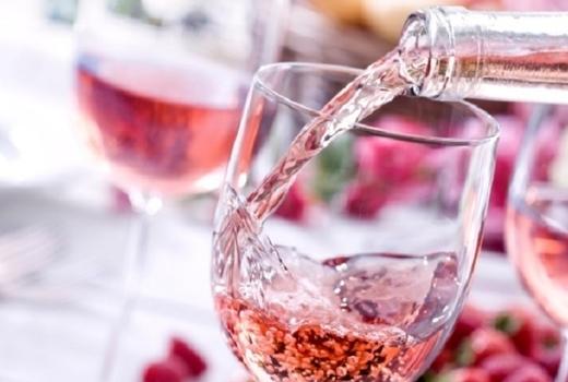 Rose wine lolo