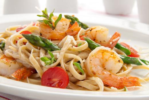 Yefsi brunch shrimp pasta
