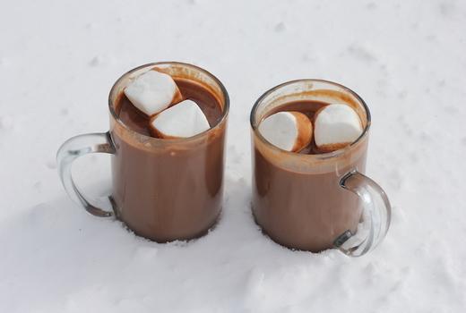 Hot chocolate snow dele