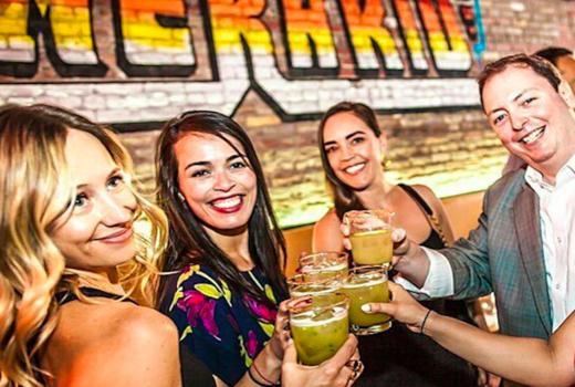 Temerario inside drinks cheers