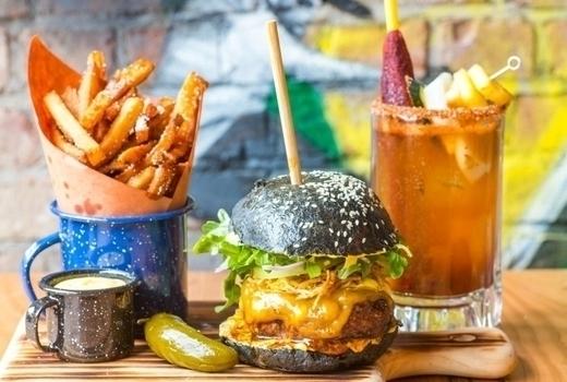 Temerario brunch burger