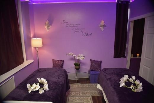 Lumiere purple