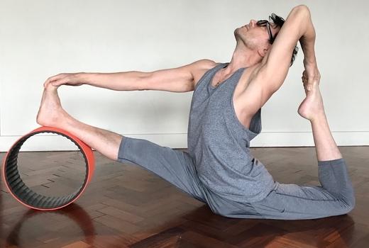 Dharma yoga round