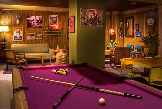 Woostock pool table