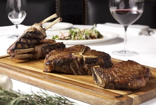 Steak wine haute nino