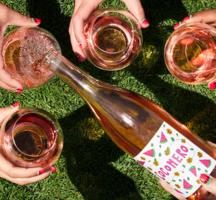 Winc rose pink