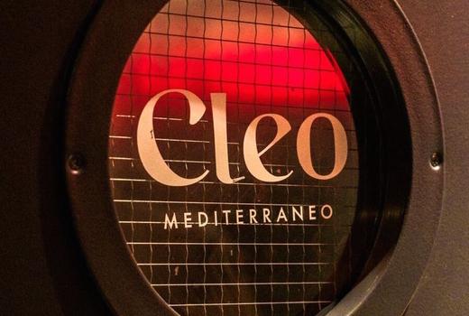 Cleo 6