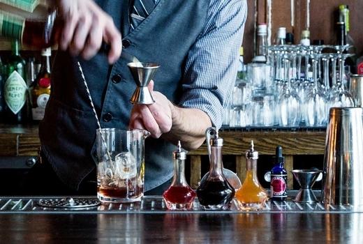 The winter tippler 2019 bartender pour