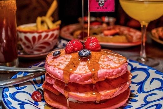 Toro loco pancakes