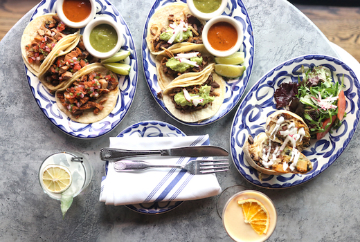 Toro loco tacos drinks