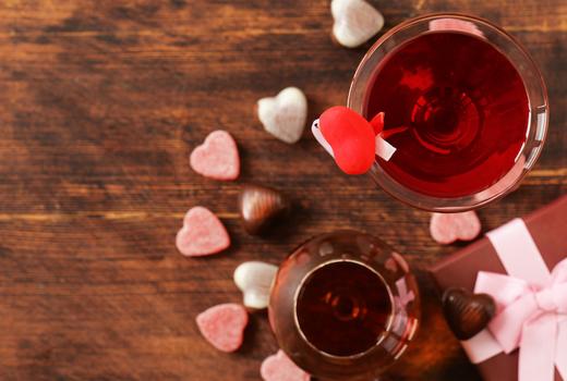 Mondrian valentines wine candy