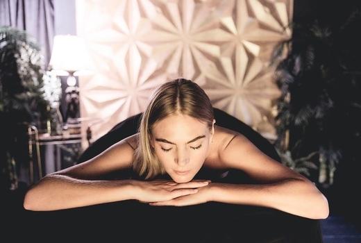 Marianella spa massage woman