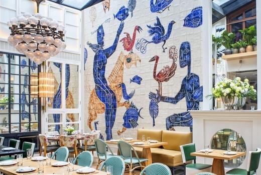 Cafe medi inside mural
