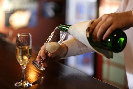 Jojos champagne pour glass