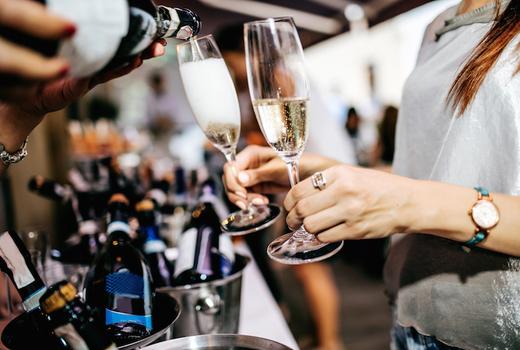 Wine fest pour bottles
