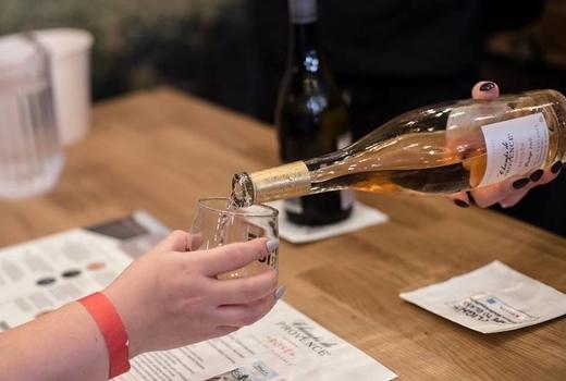 Wine riot bottle pour rose