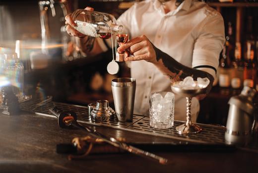 Spring tippler bartender making drinks nyc