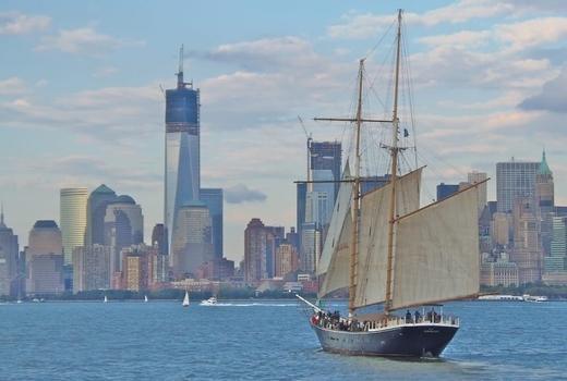 Manhattan by sail skyline freedom tower