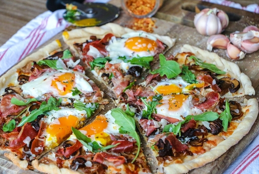Make pizza drink bubbly proscuitto eggs yum