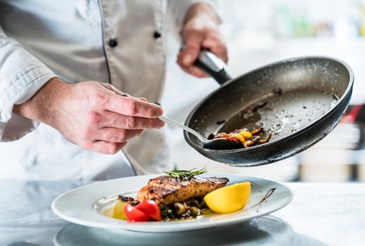 Hotel chantelle chef salmon