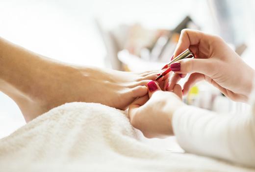Elevatione pedicure nail polish spa