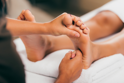 Ve medspa reflexology feet massage