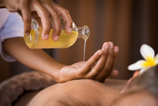 Ve medspa oils massage hands luxe