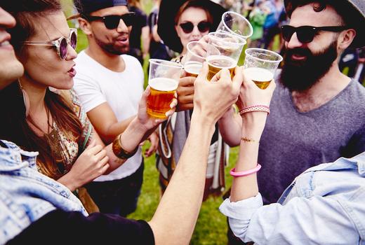 2019 worlds fare friends cheers