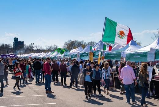 2019 worlds fare crowds stalls