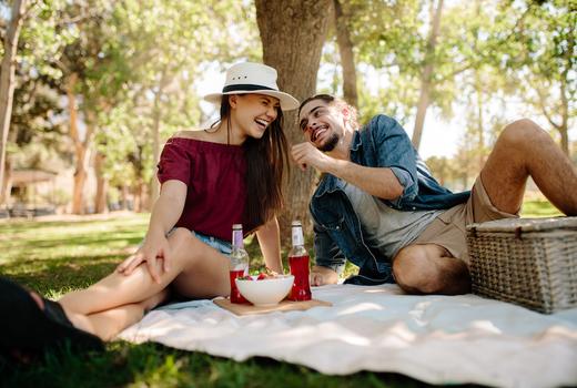 Bowl blade cuople love picnic
