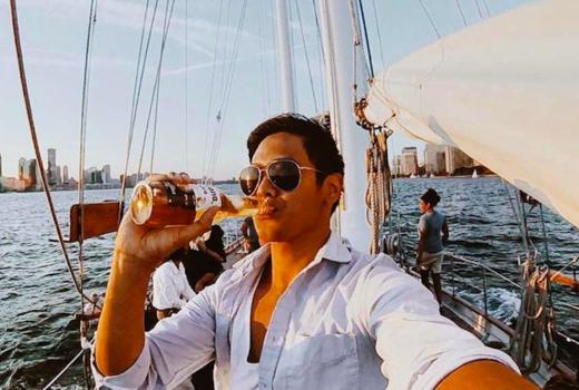 Manhattan by sail lobster beer man drinking beer