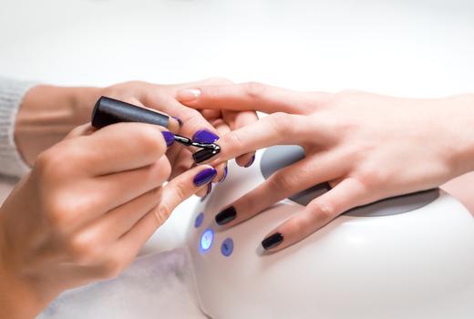 Glosslab nails manicure me