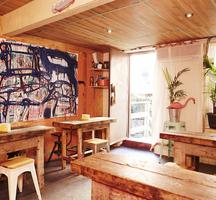 Lolos seafood shack inside cool