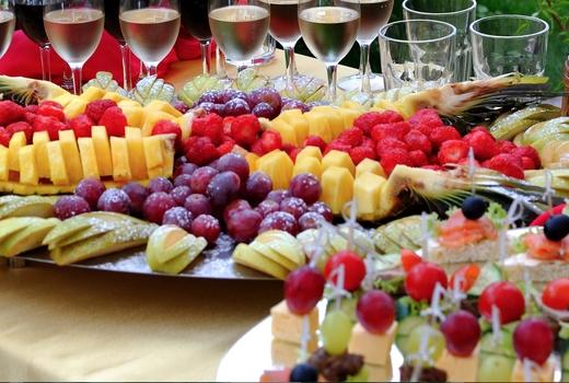 Manhattan by sail fruit buffet