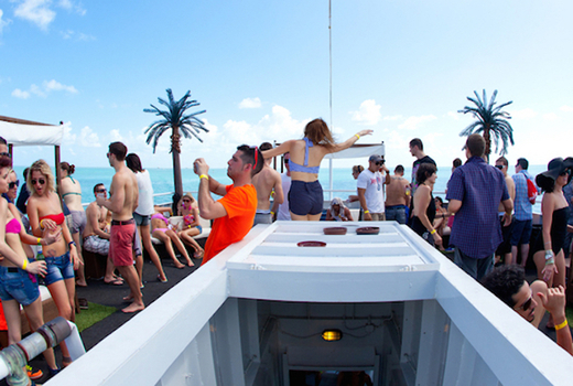 Cruise top