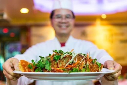 Famous sichuan whole fich braised vegetables
