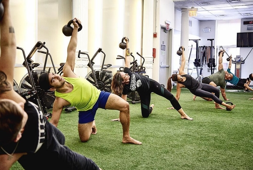 Drive495 fitness clases kettlebells