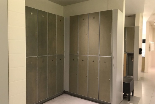 Drive495 studio lockers changing room