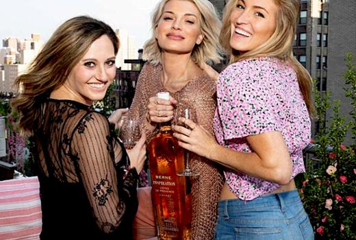 Rose terrace july 4th rose women bottle