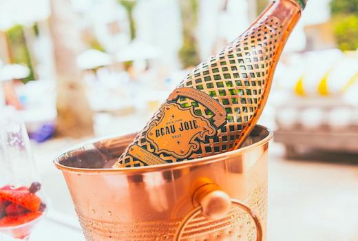 The ribbon champagne bottle drink