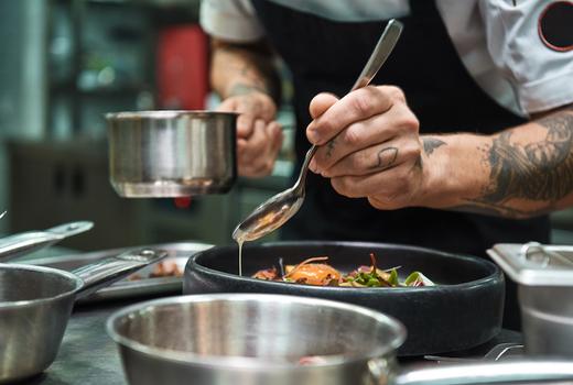 Benares indian cooking chef sauce