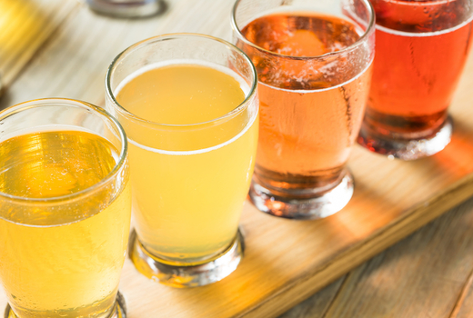 Flute cider school flight of cidre