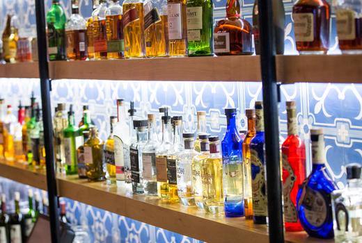 Habanero blues bottles bar inside drink