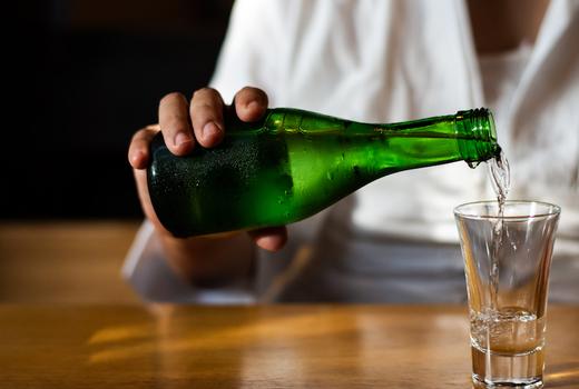 99 favor taste sake pour