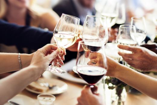 Copinette cheers glasses friends eats