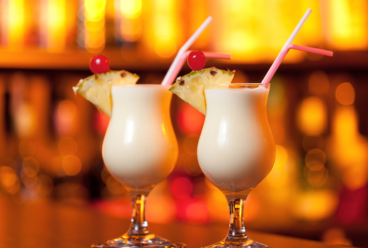 Broadstone drinks bar pina colada