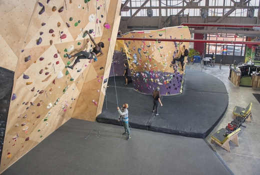 Brooklyn boulders guide climb
