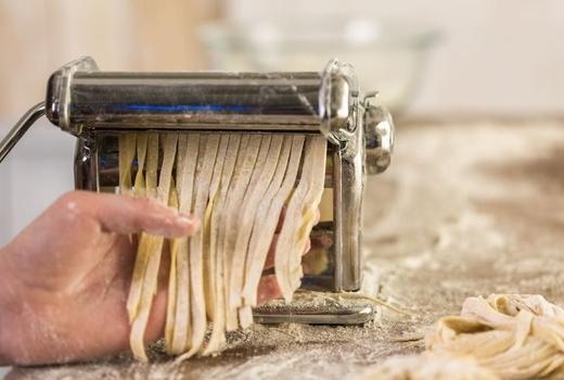 Make pasta noodles